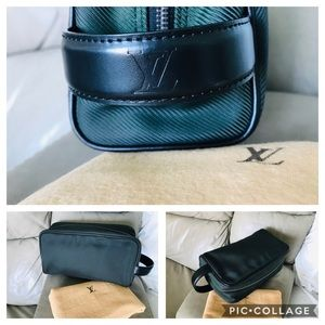 Louis Vuitton Bags - 🖤Louis Vuitton Clutch 🖤🖤🖤🖤🖤🖤🦋🖤🦋🖤🦋🖤🦋